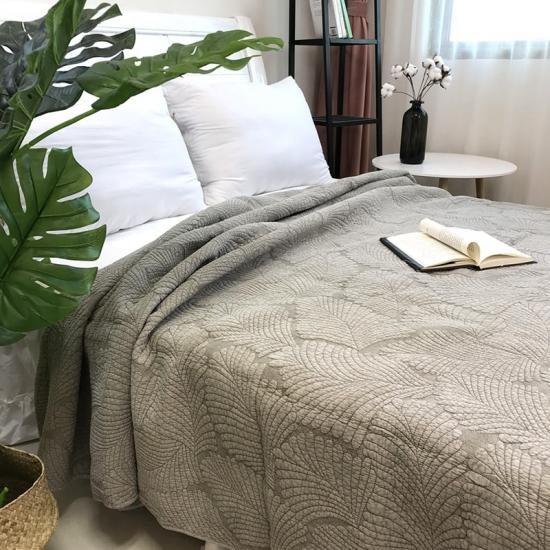 wrinkle free stone washed quilts